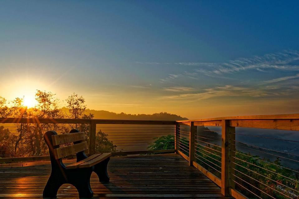 Scenic Overlook Grand Vue Park